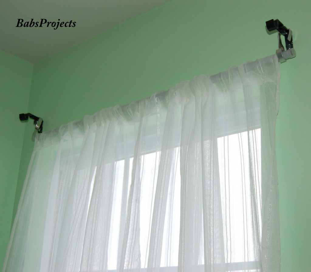 Review and Giveaway for Curtain Caddy – Babs Projects