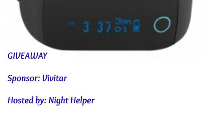 Vivitar Bluetooth Activity Tracker VFit Heart Giveaway